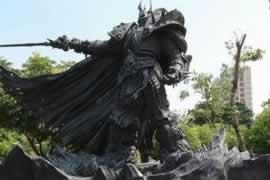风暴英雄 独一无二阿尔萨斯雕像揭幕