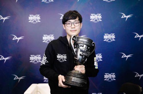 2018DNF F1天王赛个人赛冠军金太焕采访QA