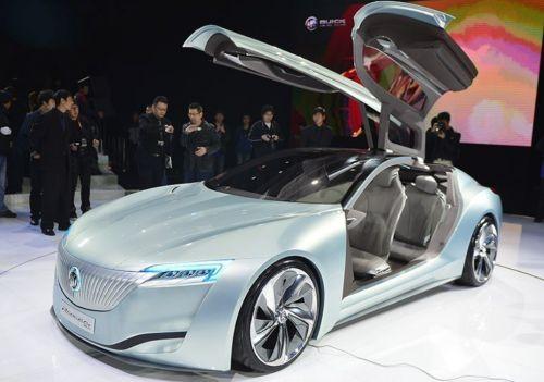 《极品飞车OL》科幻之光——别克 Riviera Concept 2013