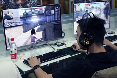 玩家策劃齊聚杭州  《生死狙擊2》線下測試上演刺激對決