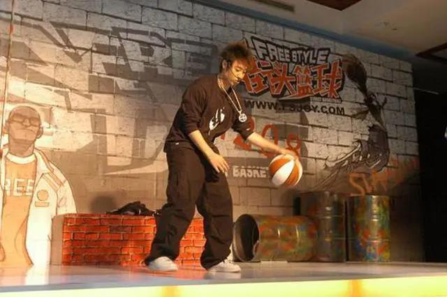《街头篮球》经典BGM甄选  赢微信达人勋章