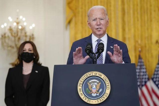 美国防长公开与拜登唱反调 称美国人被塔利班'殴打'